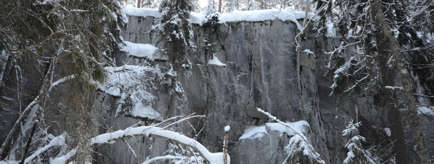 Synninlukon kalliot talvella, Jämsä.