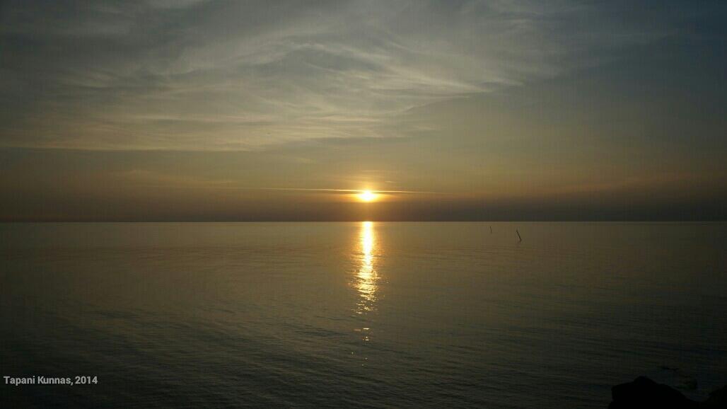 Auringonlasku Marjaniemessä