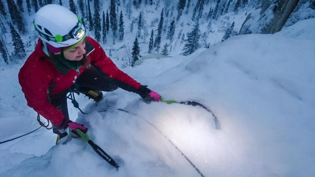 Ruskea virta -jääputousta valloittamassa. Kuva: Petter Stauffer