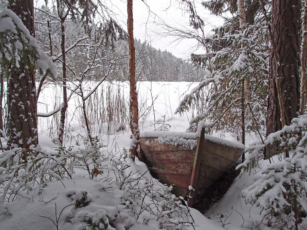 Mikä se on kun kuvauksellisilta paikoilta löytyy aina myös veneen raato?