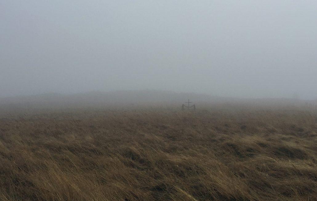 Saksalaisen matruusin yksinäinen hauta.