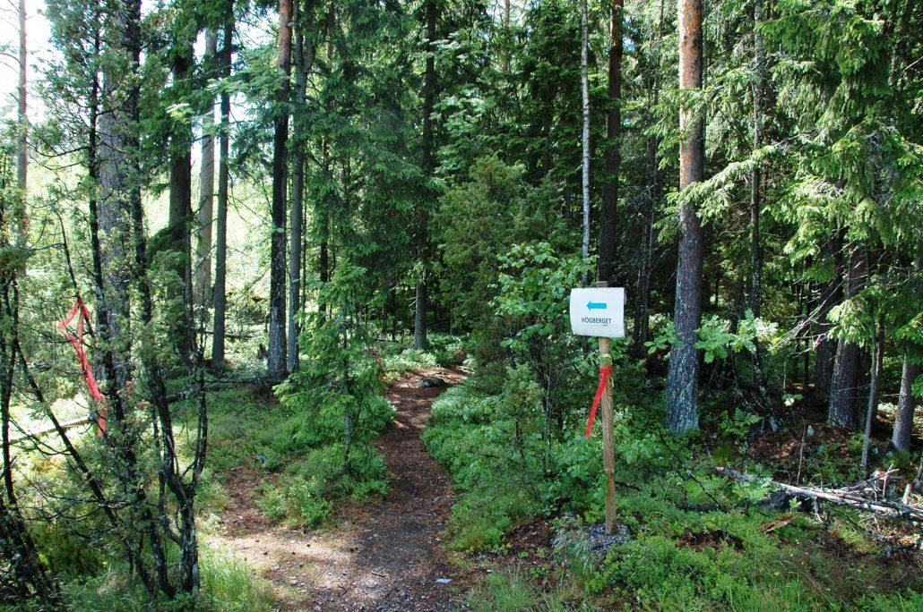 Parkkialueelta Högbergetille (1)