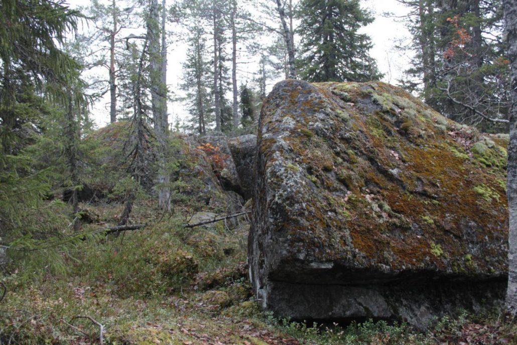 Suuria kiviä
