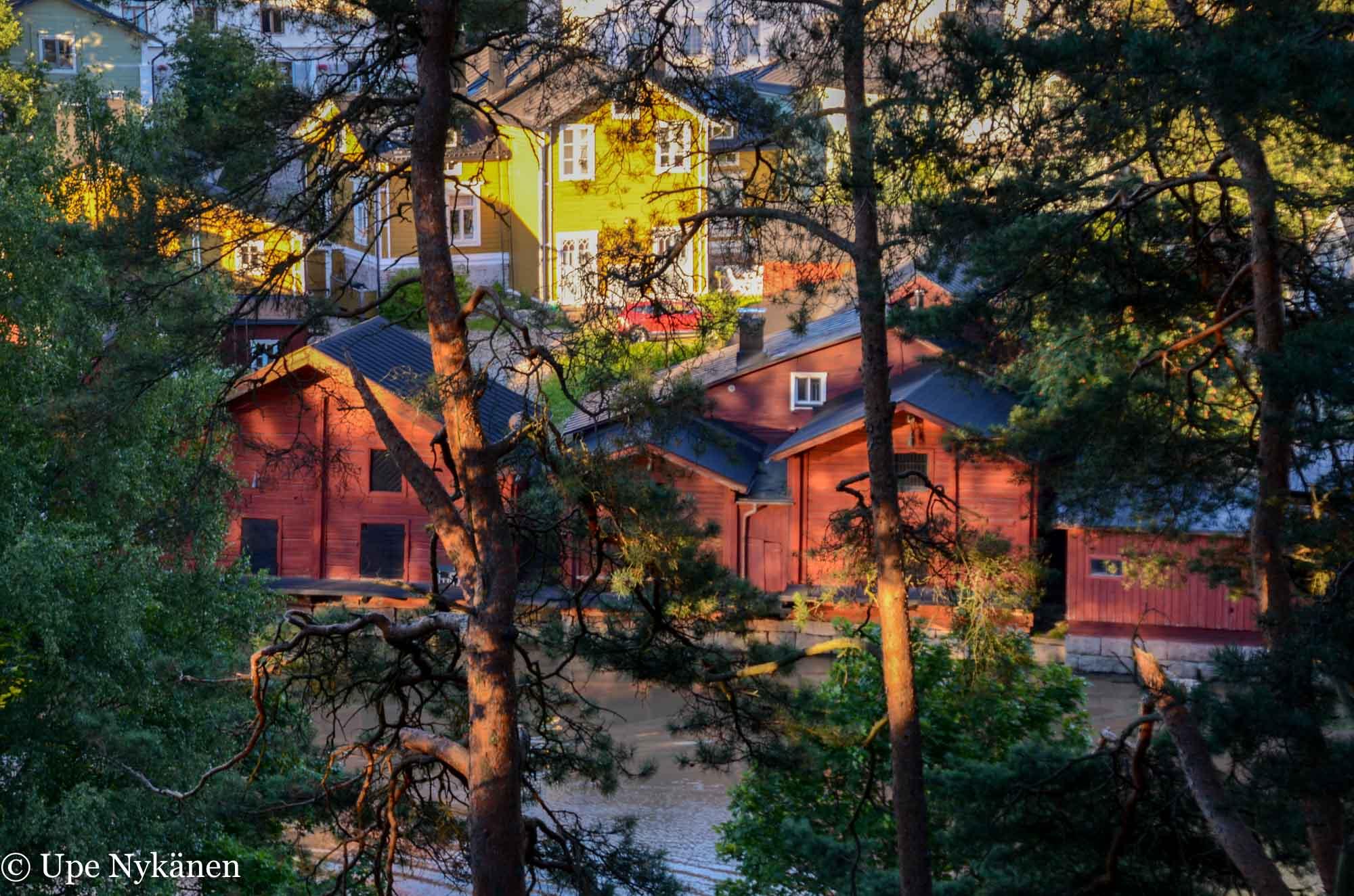Iltakavelylla Porvoon Kansallisessa Kaupunkipuistossa Retkipaikka