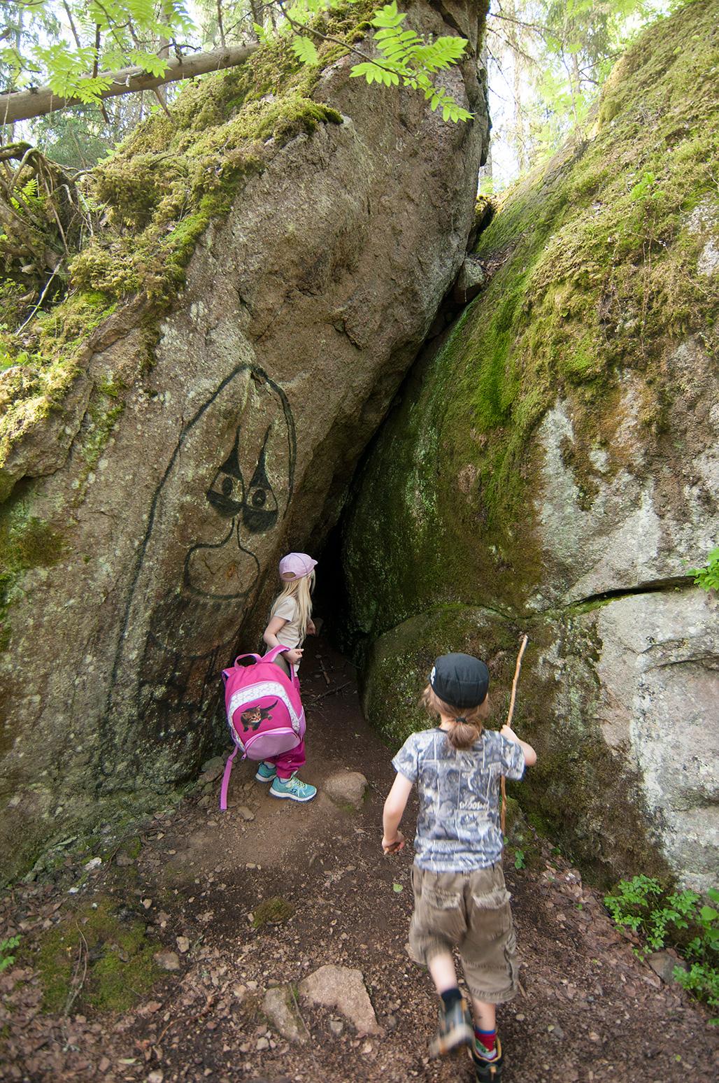 Riemukkaita kiljahduksia luolan löytymisestä kuului monestakin suusta.