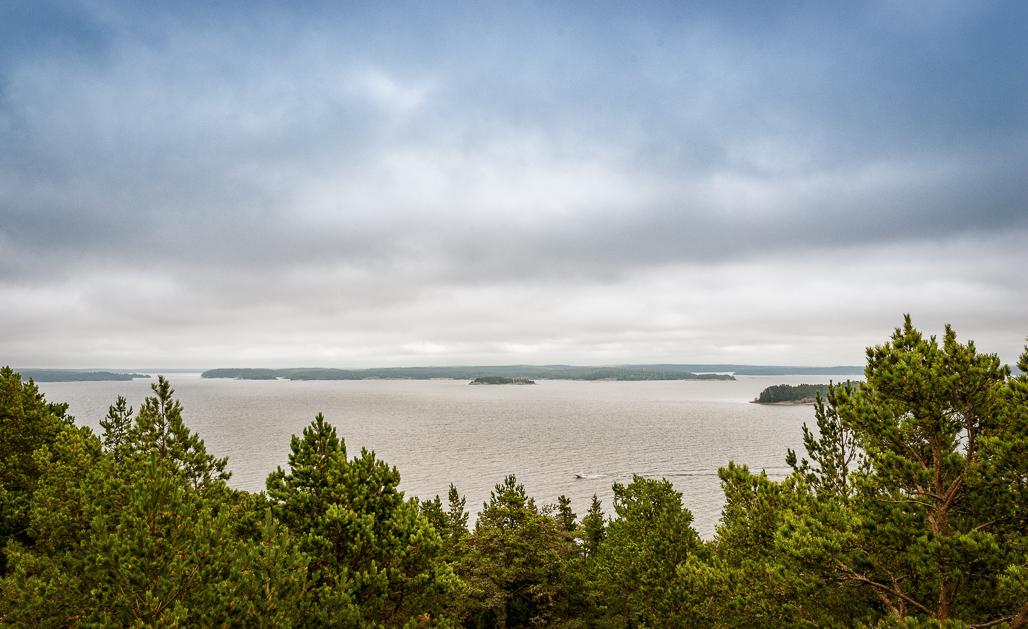 Saaristomaisemaa tornista nähtynä.