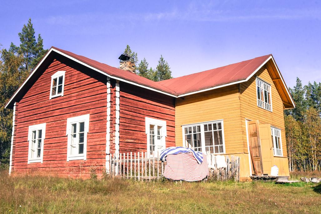 Erämaalegenda Moskun talo kohoaa yhä tänä päivänä Lokan