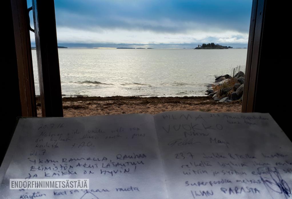 Uutelan uimarannalla Kuva: Terhi Jaakkola