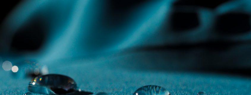 Fjällräven Greenland Wax ja vaatteiden vahaus Kuva Terhi Jaakkola