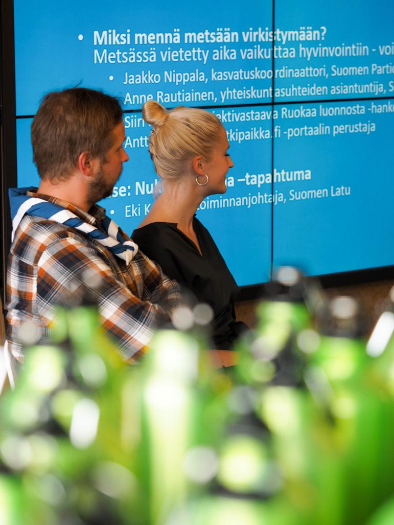 Hyvinvointia luonnosta livenä vai diginä? PEFC Suomen ja Suomen Ladun seminaari Kuva: Terhi Jaakkola