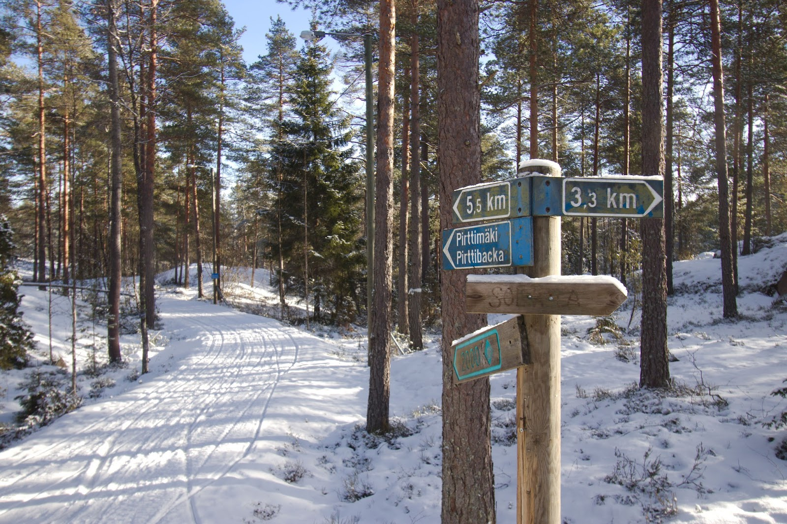 Hiihtoretki Solvallasta Espoon Keskuspuistoon Retkipaikka