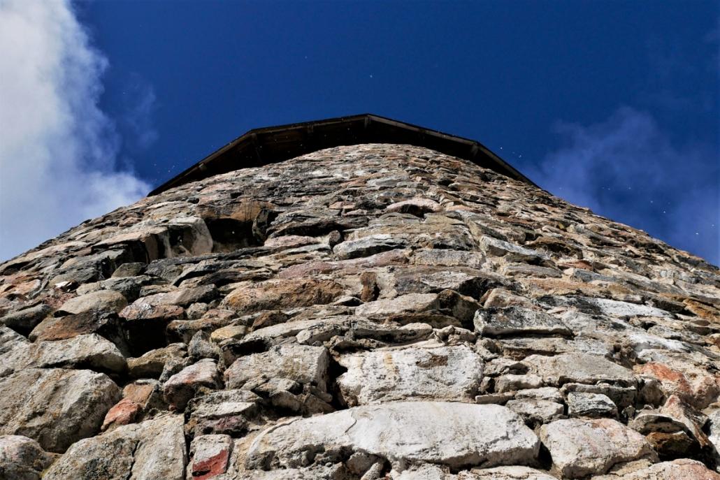 Raaseporin linna tornin kiviseinaa