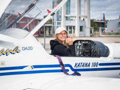 Nea matkalla kohti korkeuksia - Pohjois-Karjalan retkeilyhelmet Kuva: Terhi Ilosaari